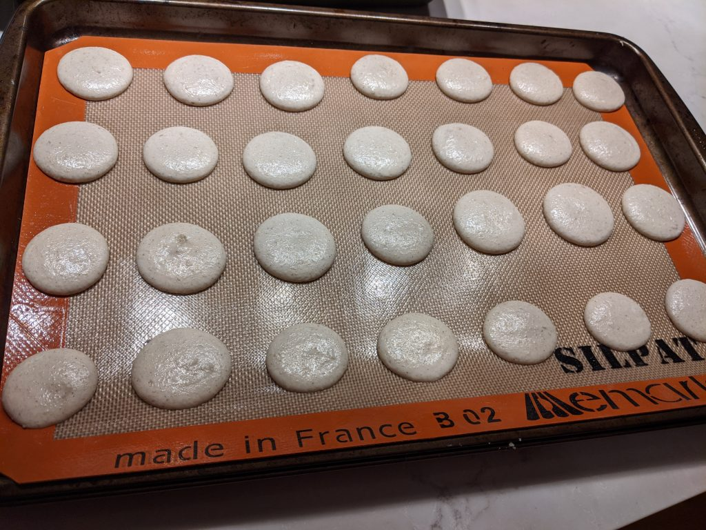How to Use a Macaron Mat