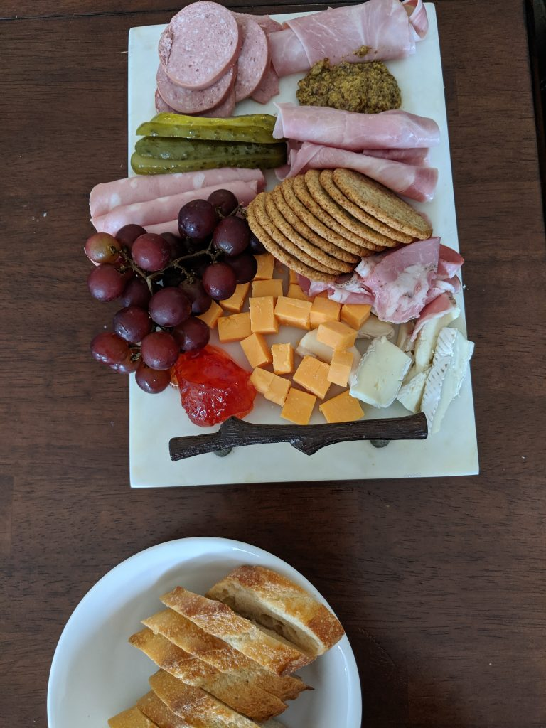 How to plate a charcuterie board