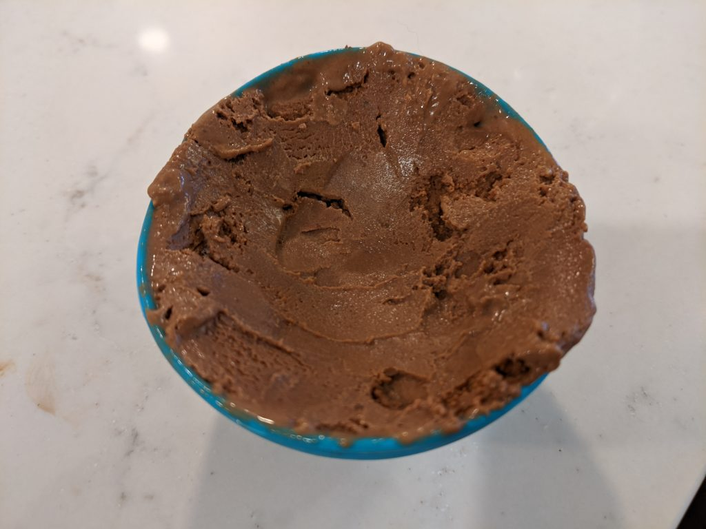 how to put ice cream in silicone mold for dessert