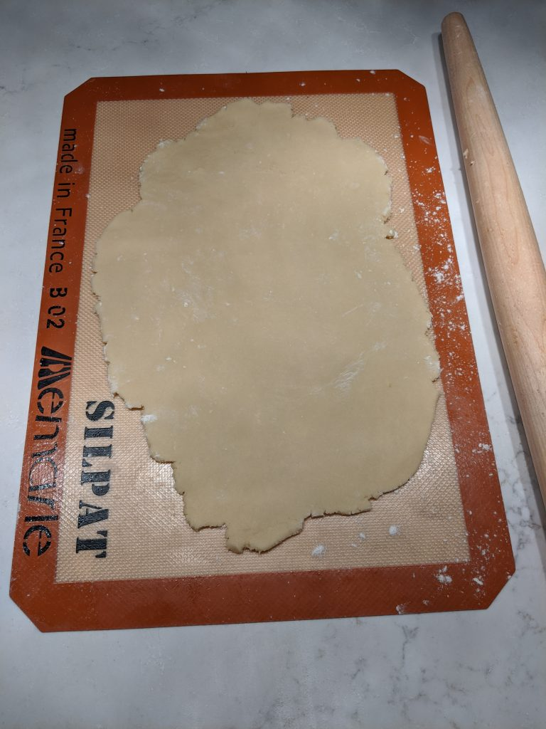 How to Use a Pastry Mat