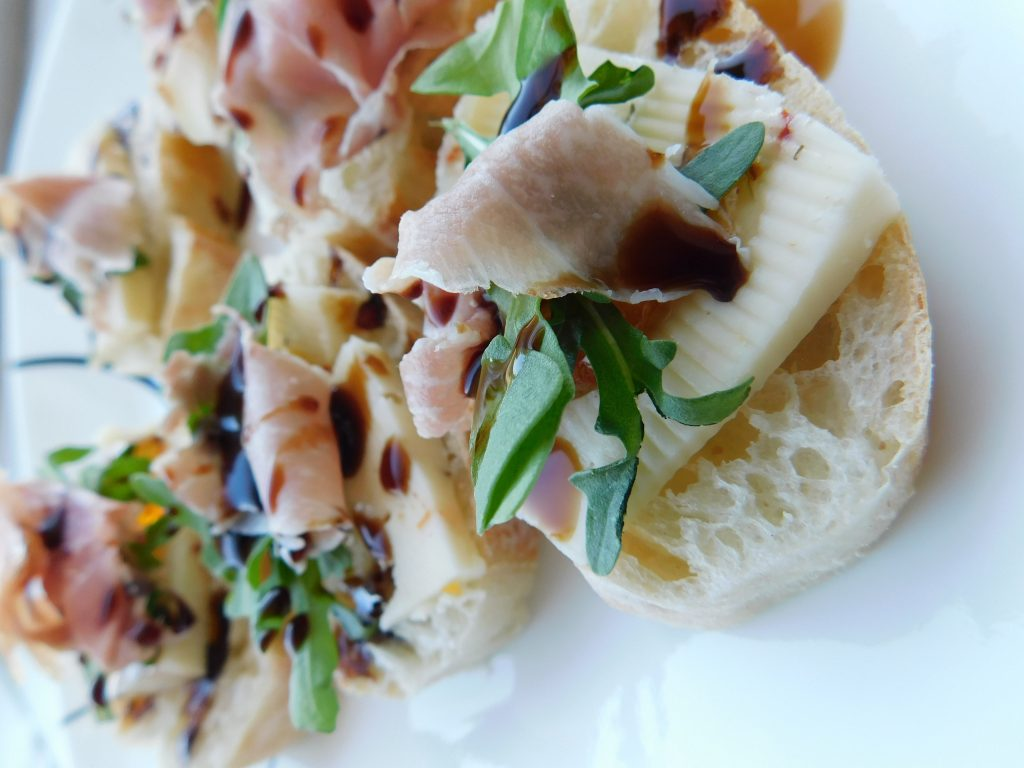 How to serve prosciutto as an appetizer