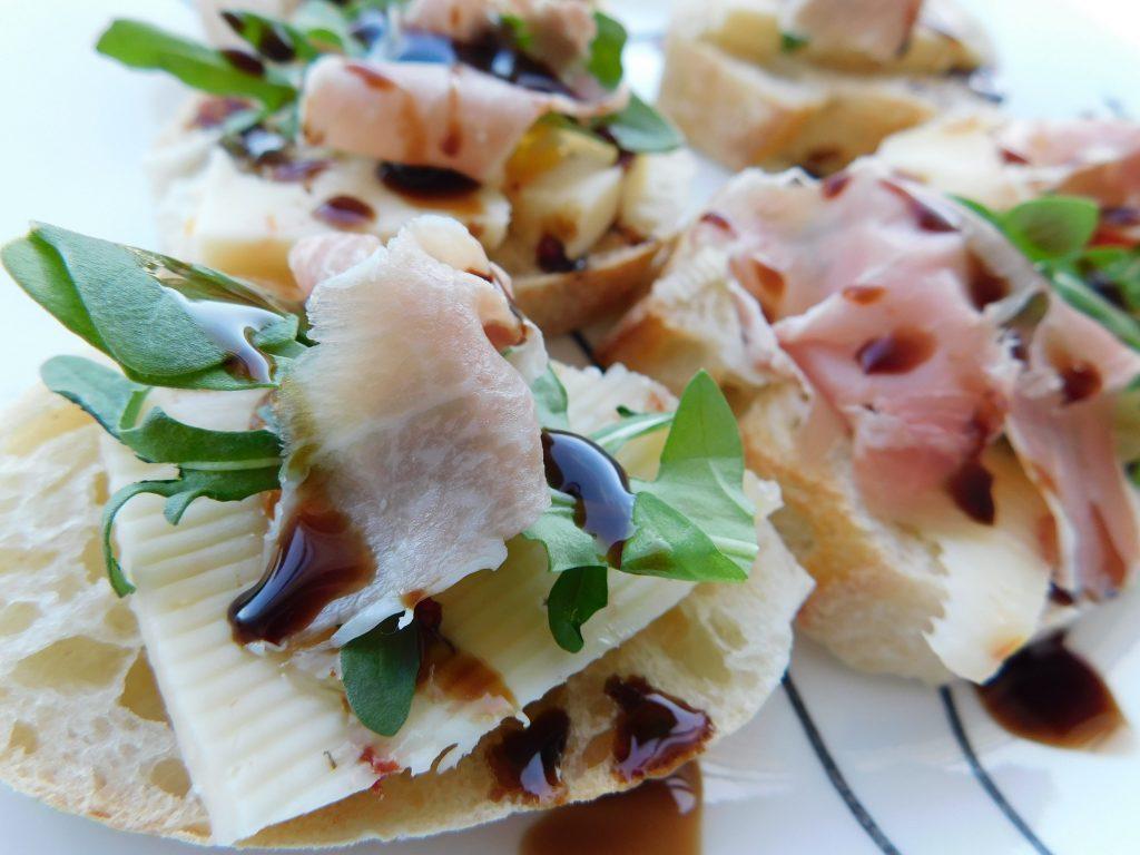 crostini toppings